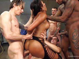 русское групповое порно с волосатыми