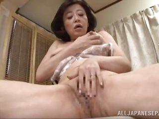 Зрелые азиатки в колготках порно